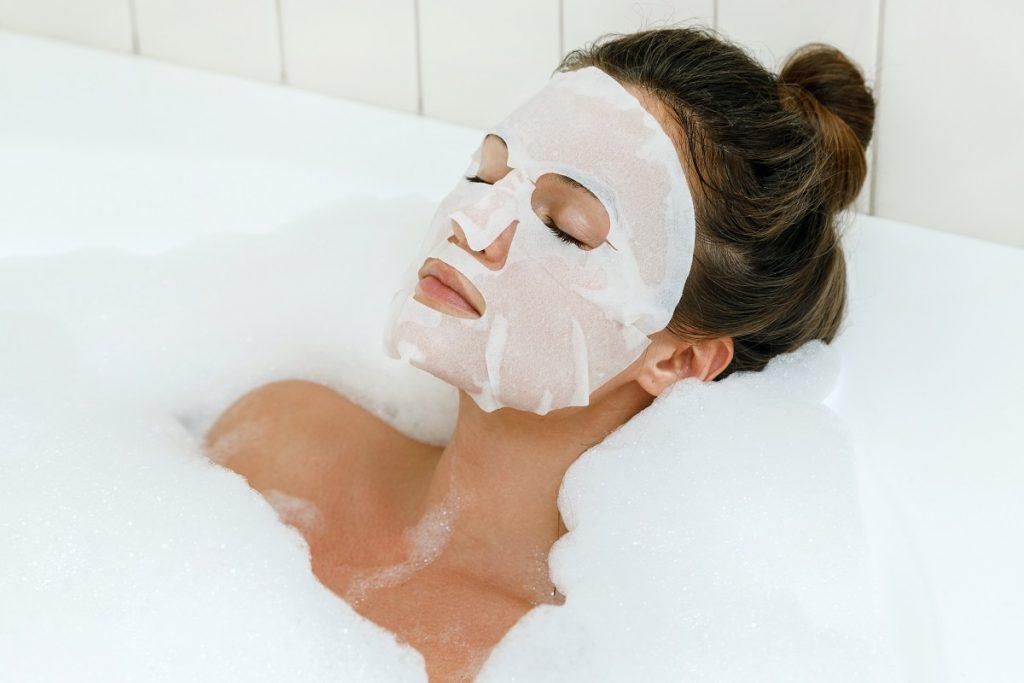 mascarillas para cuidado de la piel 1024x683 - Dermocosméticos para piel sensible o con rosácea