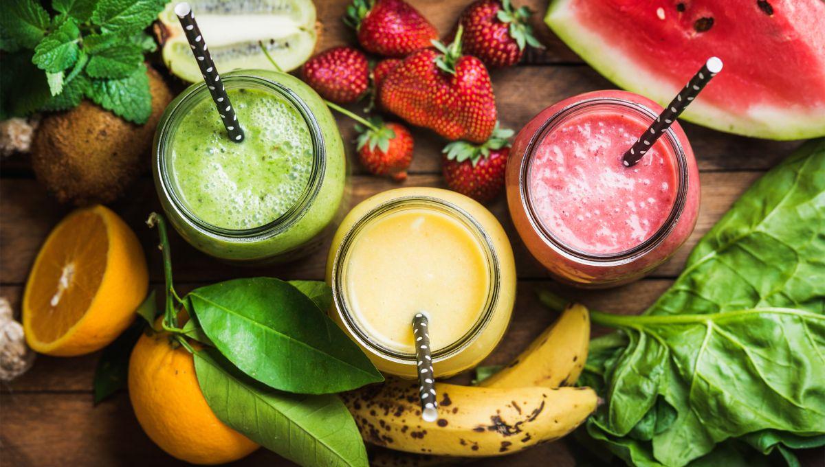 Jugos entre frutas frescas