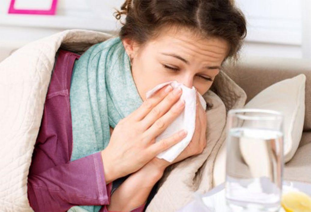 chica con sinusitis 1024x701 - Entérate qué es la sinusitis
