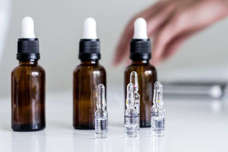 frascos de homeopatia - Te explicamos qué es la homeopatía