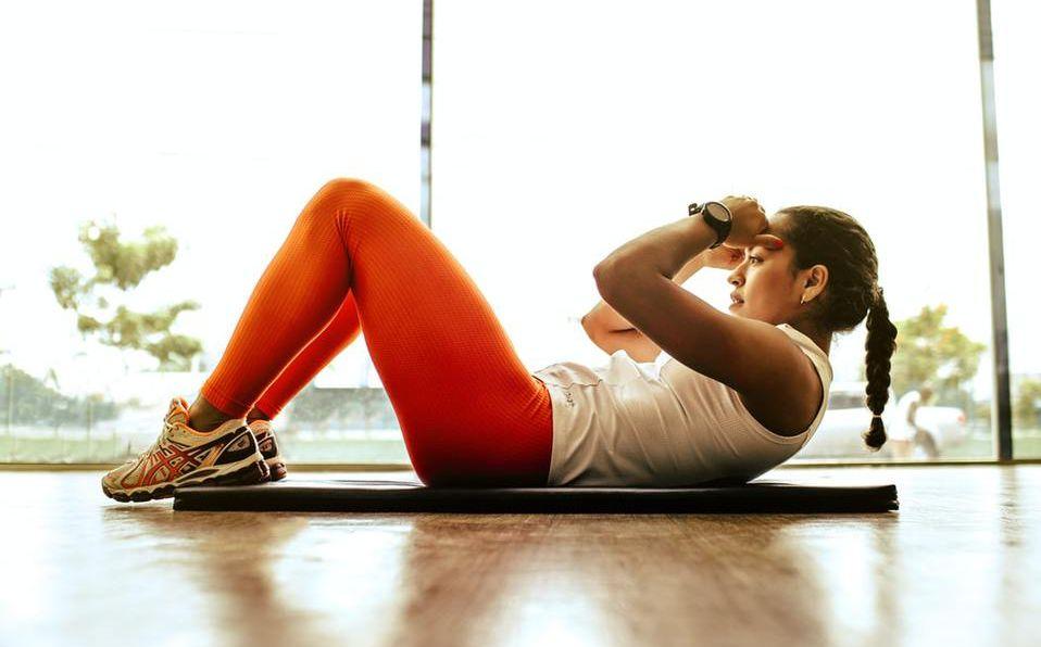 ejercicio en casa s - Combate el insomnio en cuarentena