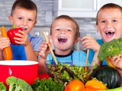 2400 Top 18 Super Healthy Foods For Your Kids is 624x702 1 398x297 - TV para una alimentación saludable