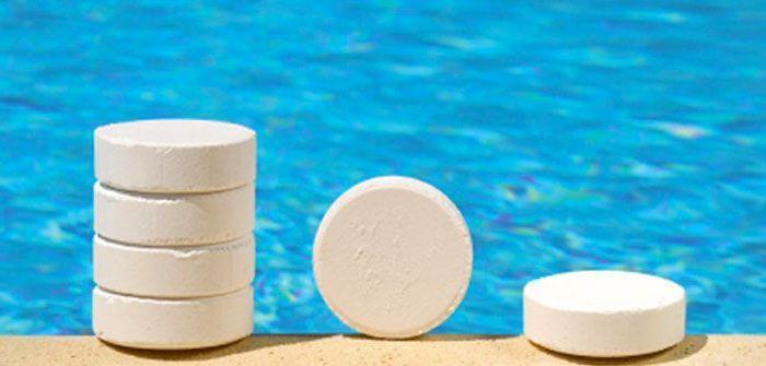 cloro en las albercas - ¿El cloro de piscina da alergia?